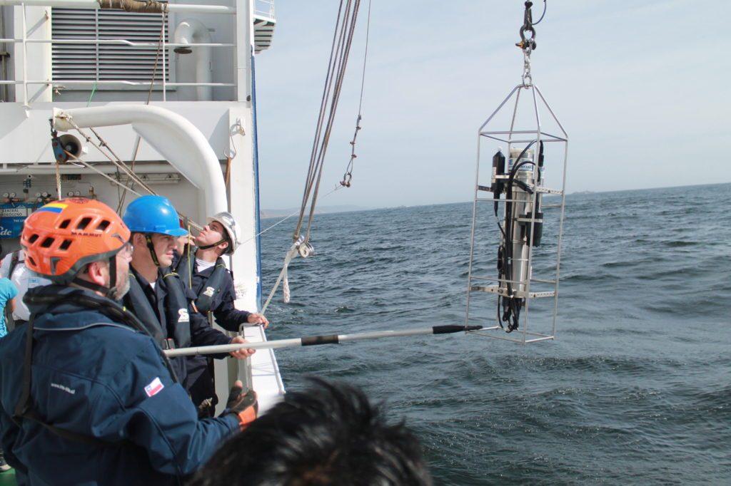 Instituto Milenio de Oceanografía realiza talleres a bordo del buque ...
